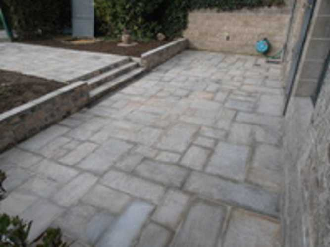 Rejointement et rénovation allée en dalles de pierre 0