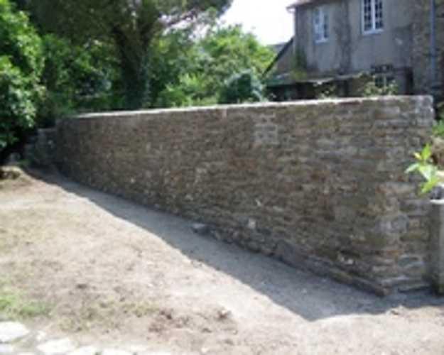 Rénovation mur clôture en pierre 0